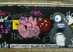 Street Art of London (Monster) 8.18.08