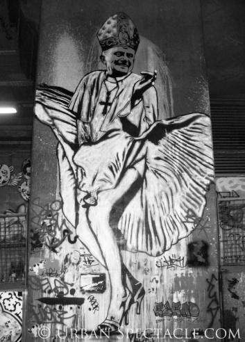 Street Art of London Pope) 8.18.08