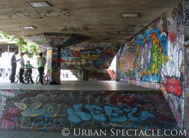 Street Art of London (Ramp and bikers) 8.6.08