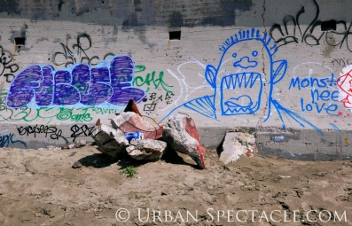 Street Art of San Francisco (Ocean Beach Monster) 3.25.10